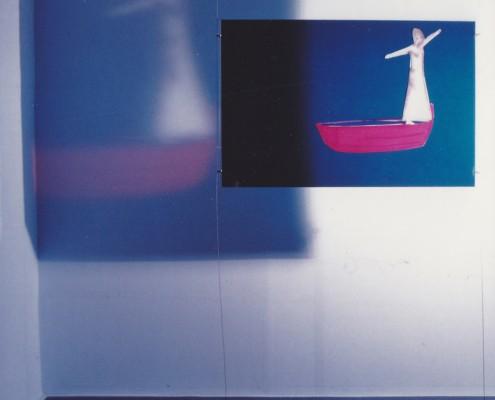 opera su pellicola trasparente 2002-3 artisti in barca